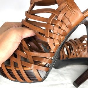 Lauren Ralph Lauren Shoes - NWOT Ralph Lauren Platform Gladiator Sandal
